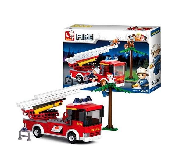 Camion de bomberos con escalera